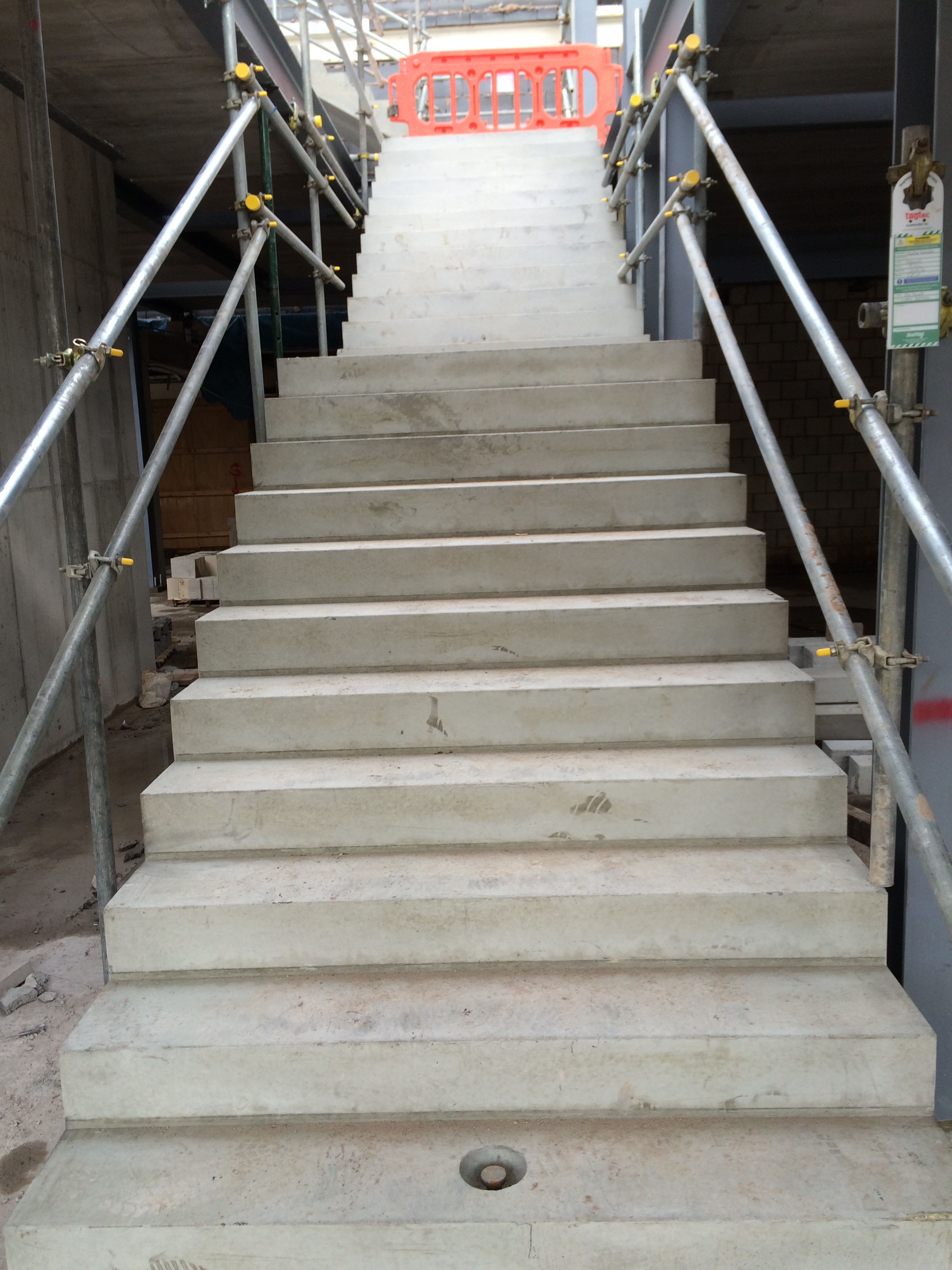 Concrete stair 5 cbs precast limited for Cbs concrete